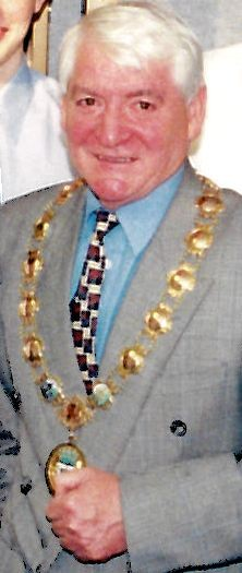 Photo:Provost Joe Thomas, Councillor for Addiewell ward in the 1990s