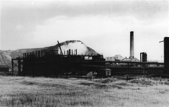 Photo:Dismantling of the Addiewell Oil Works, 1956
